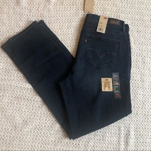 Levi's 512 perfectly slimming straight leg size 16